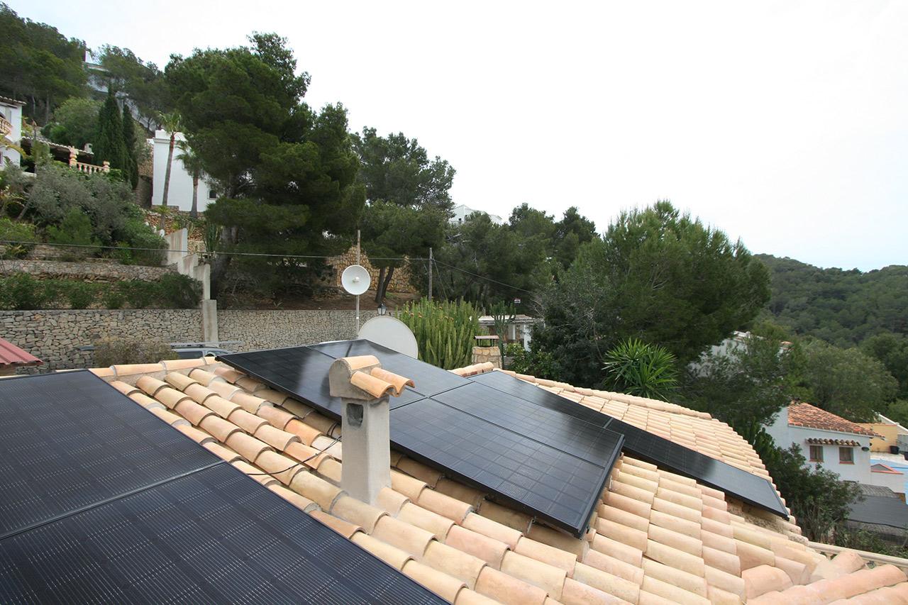 installation of solar panels in Moraira Alicante