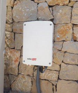 instalation of solar inverter