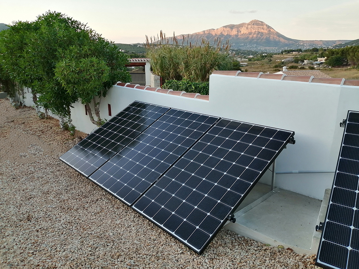 installation of solar panels in Javea for home
