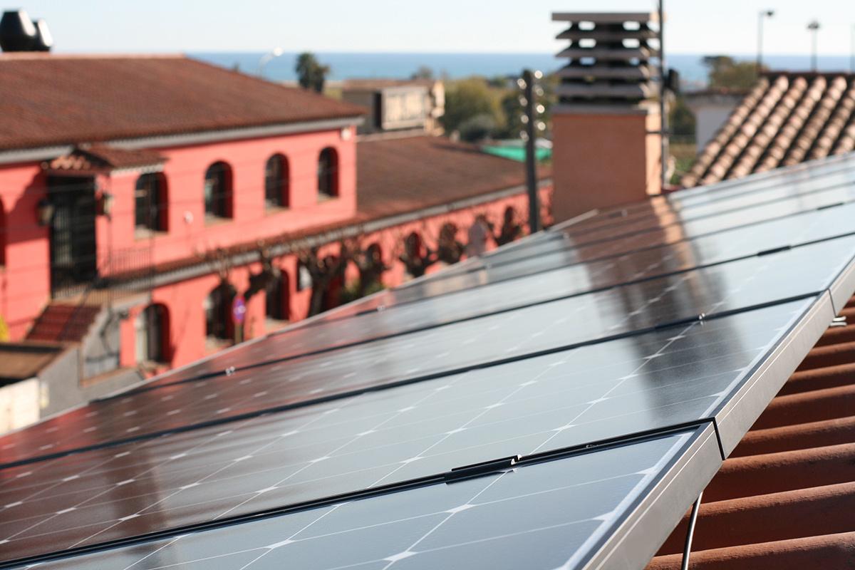 instalación de paneles solares en Barcelona, Pineda de mar
