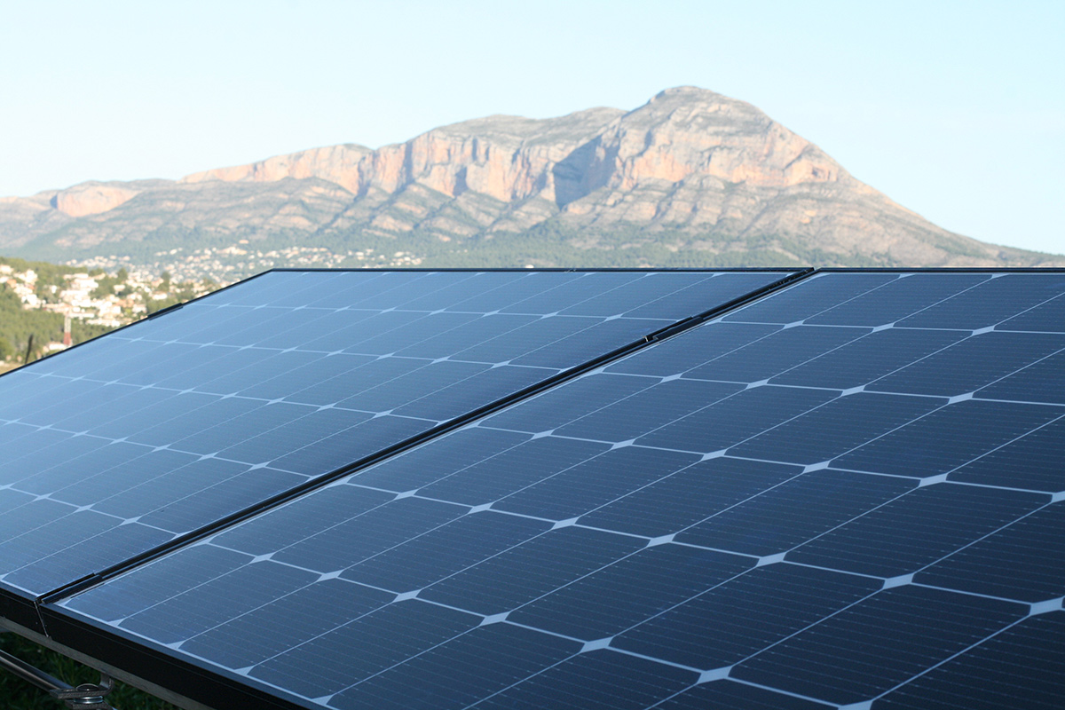 instalation of pv panels in Javea
