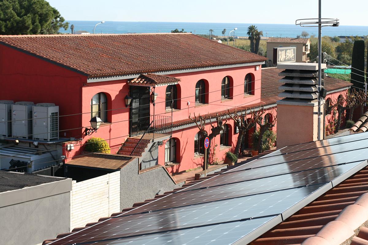 paneles solares in Motaro