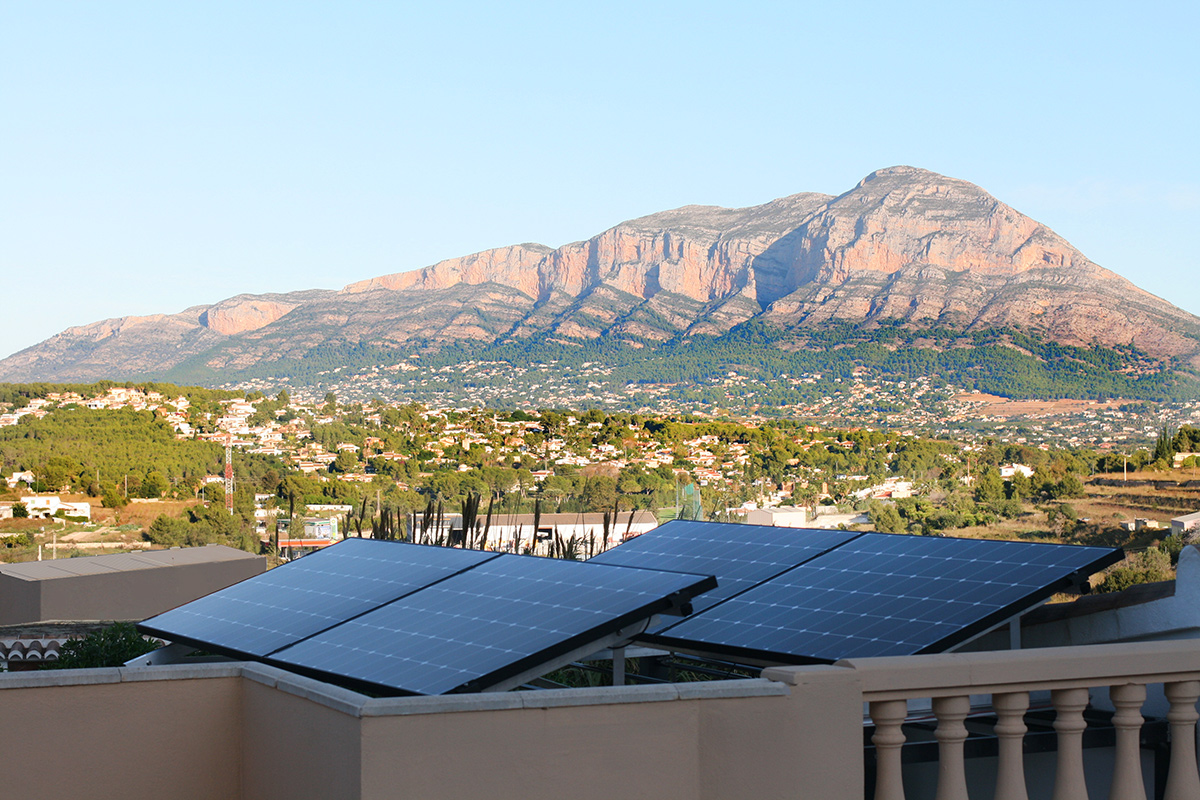 instalation of solar plant in Javea